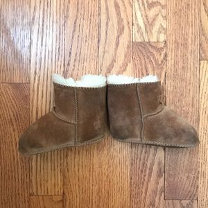 366d8c6872b Baby UGGS size small and Sherpa hat 0-6 months
